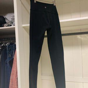 Full length black Lululemon cotton leggings